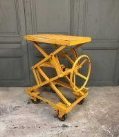 ancienne-table-elevatrice-garage-mobilier-industriel-5francs-1