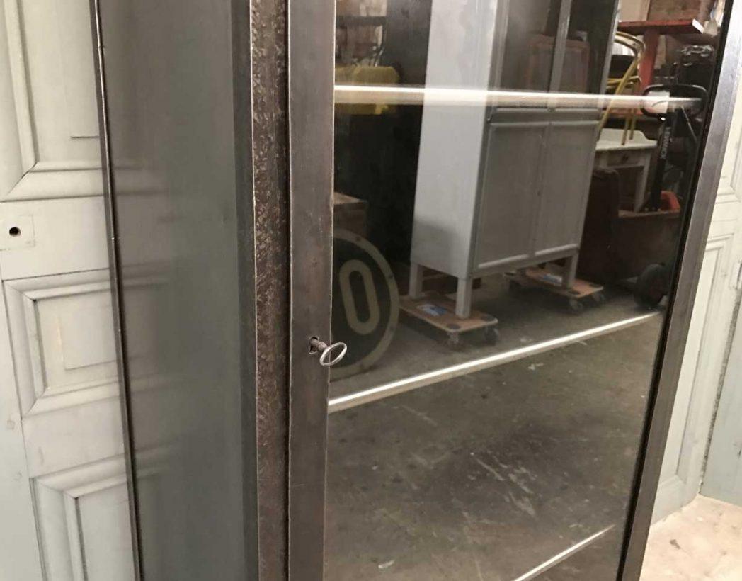 ancienne-vitrine-dentiste-metal-mobilier-industriel-5francs-8