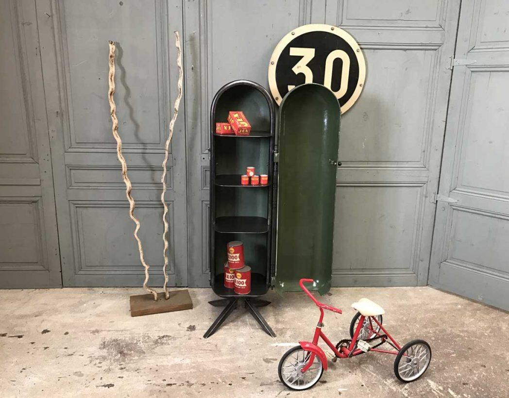 creation-mobilier-industriel-ratti-bar-recup-5francs-9