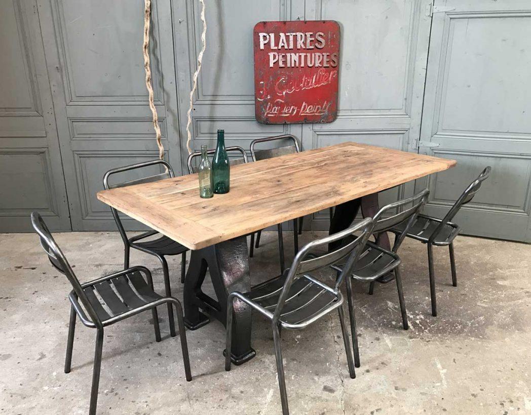 table-industrielle-pieds-fonte-a-5francs-8