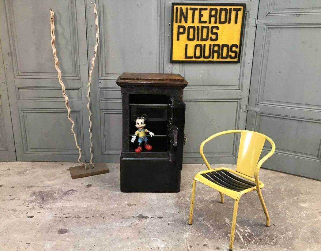 ancien-coffre-fort-19eme-bauch-mobilier-industriel-5francs-9