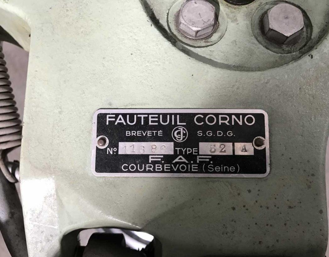 ancien-fauteuil-dentiste-corno-barbier-vert-eau-1950-5francs-9