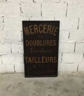 ancienne-enseigne-mercerie-tailleur-peinte-rue-childebert-1900-5francs-1