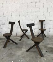 ensemble-4-chaises-primitives-bois-ligne-minimaliste-tripode-5francs-1