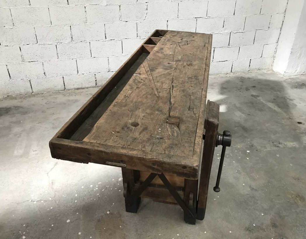 grand-etabli-fonce-metal-ancien-metier-atelier-industriel-5francs-5