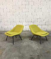 paire-chauffeuses-vintage-tissu-jaune-navratil-annee-60-5francs-1