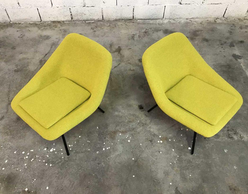 paire-chauffeuses-vintage-tissu-jaune-navratil-annee-60-5francs-3