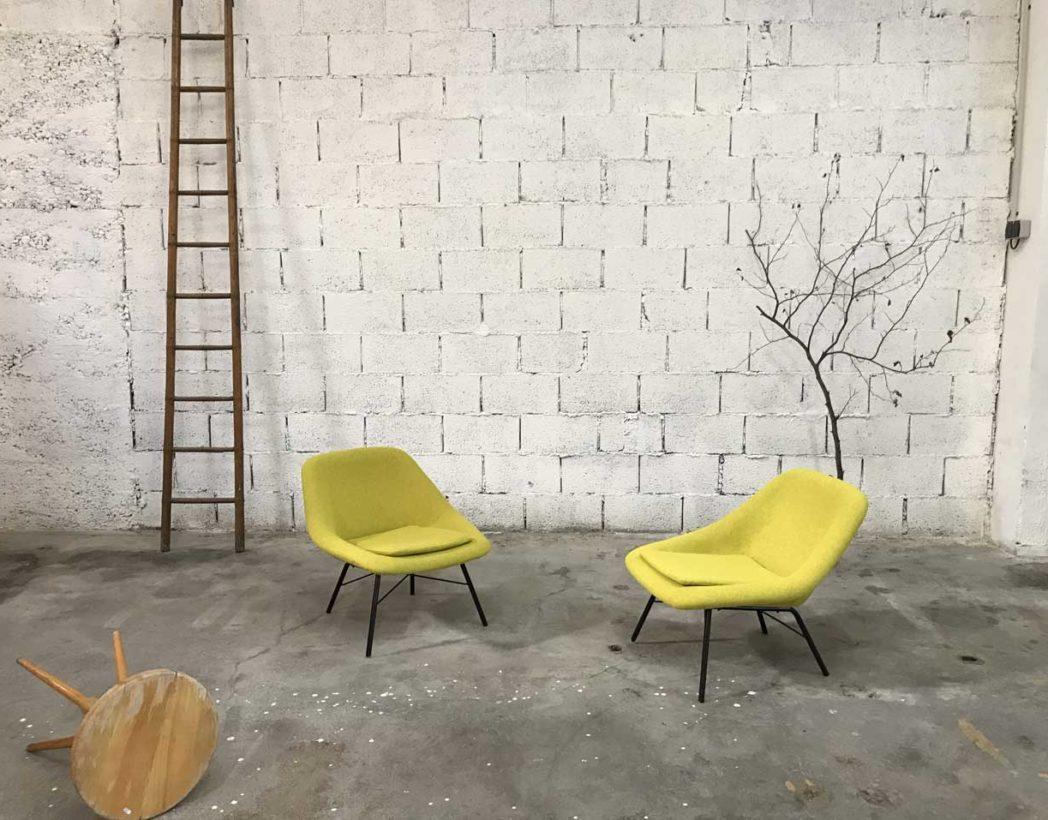 paire-chauffeuses-vintage-tissu-jaune-navratil-annee-60-5francs-7