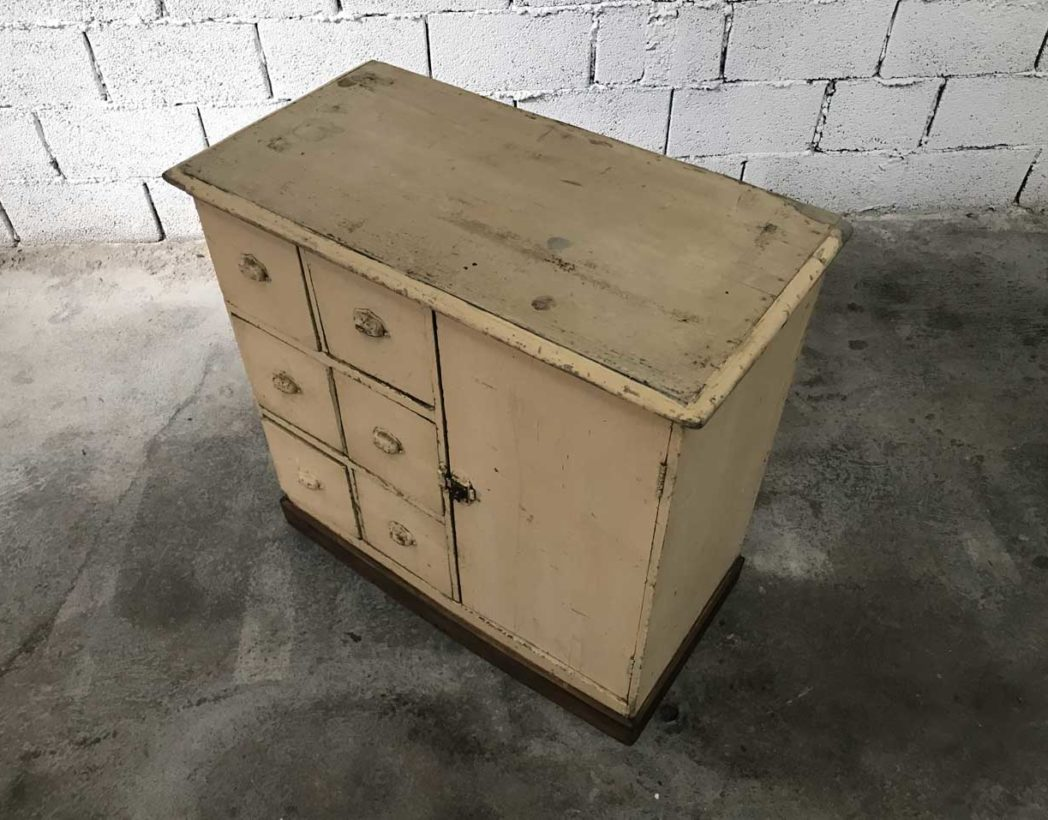 affordable meuble de mtier with meuble garde manger ancien with meuble garde manger ancien. Black Bedroom Furniture Sets. Home Design Ideas