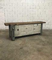 ancien grand etabli menuisier rangement tiroirs 5francs 1 172x198 - Ancien établi de menuisier avec ses rangements et sa patine d'origine