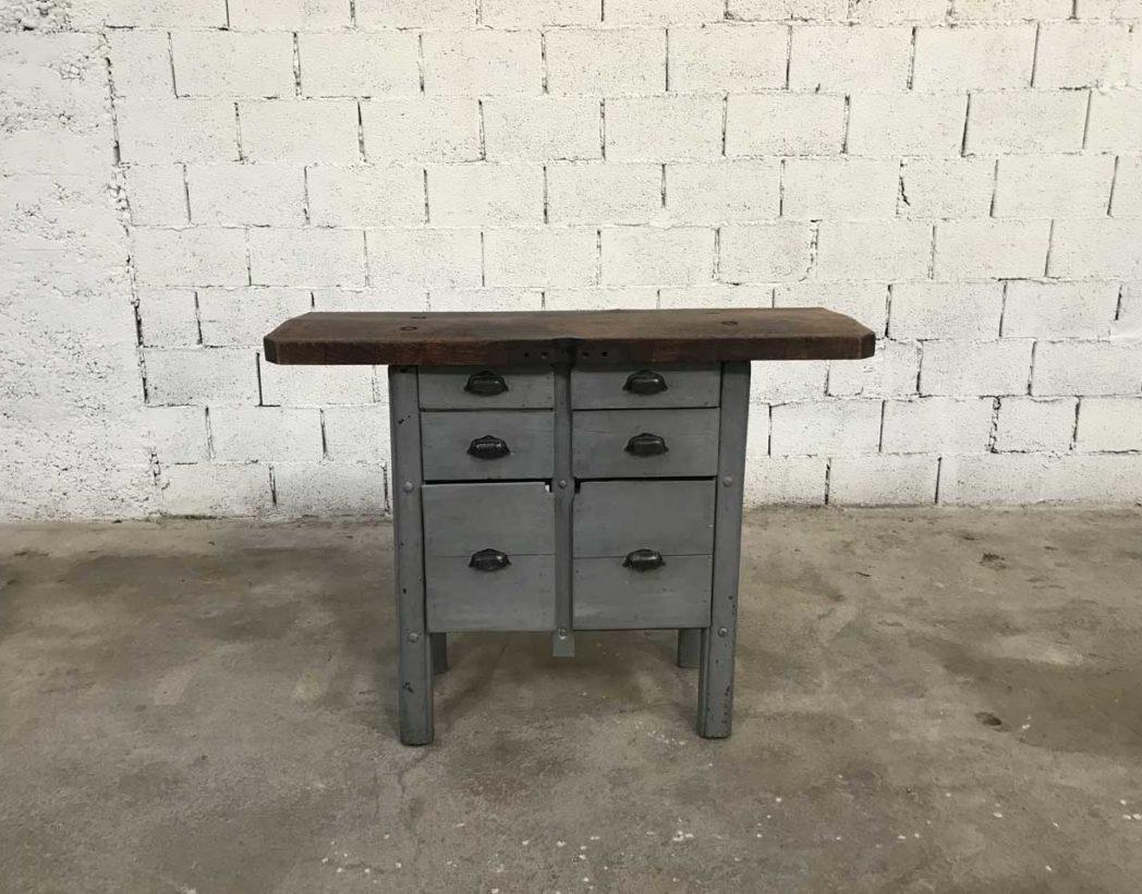 Ancien petit tabli de cordonnier patine grise for Petit meuble 5 tiroirs