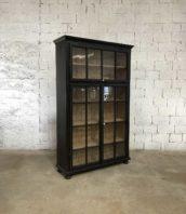 ancienne vitrine patine noire bibliotheque 5francs 1 172x198 - Ancienne bibliothèque vitrée patine noire 3 portes
