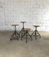 tabouret haut industriel metal ancien vintage bao 5francs 1 172x198 - Tabouret haut d'atelier BAO