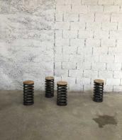 tabouret ressort assise bois 5francs 1 172x198 - Tabouret ressort assise bois massif