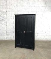armoire parisienne patine noire bois ancienne 5francs 1 172x198 - Armoire parisienne en bois patine noire 133 cm