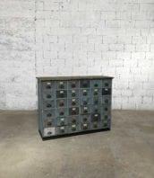 meuble metier 36 tiroirs patine grise 5francs 0 172x198 - Ancien meuble de métier de garage 36 tiroirs patine grise