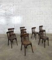ensemble 22 chaises bistrot baumann patine foncee 5francs 1 172x198 - Ensemble 22 chaises bistrot Baumann foncées années 30