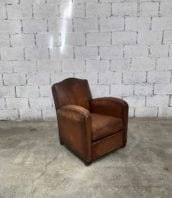 Fauteuil club en cuir 5francs 1 172x198 - Fauteuil club en cuir année 50 hauteur assise 40 cm