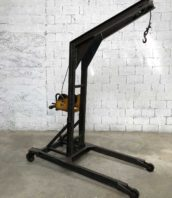 ancienne chevre garage grue metal 5francs 0 172x198 - Ancienne chèvre d'atelier en metal grue de garage