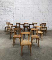 Lot 26 chaises baumann petit dossier bistrot assise 45cm 5francs 1 172x198 - Lot de 26 chaises de bistrot Baumann avec petit dossier