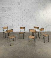 ensemble 12 chaises ecole grises metal bois 5francs 2 172x198 - Ensemble de 12 chaises d'école grises en métal et bois