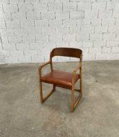 fauteuil baumann traineau cuir vintage 5francs 1 172x198 - Fauteuil Baumann modèle traineau assise cuir vintage