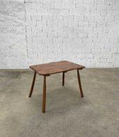 petite table art populaire brutaliste 106cm bois 5francs 1 172x198 - Petite table brutaliste art populaire 106 cm bois massif