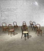 ensemble chaises de bistrot thonet n 14 5francs 1 172x198 - Ensemble de Chaises de bistrot Thonet n°14