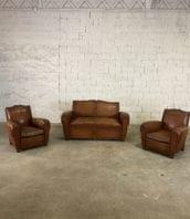 ensemble canape fauteuil club cuir vintage 5francs 1 172x198 - Ensemble canapé et paire de fauteuils club en cuir vintage