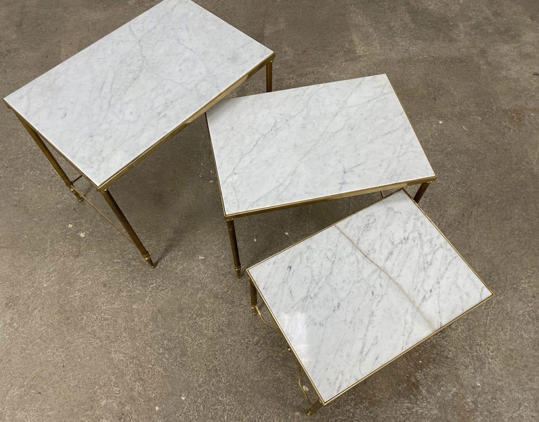 set-tables-basses-gigognes-marbre-laiton-maison-Jansen-5francs-3