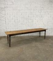 table-pieds-tournes-noire-pin-modele-paul-bocuse-5francs-8