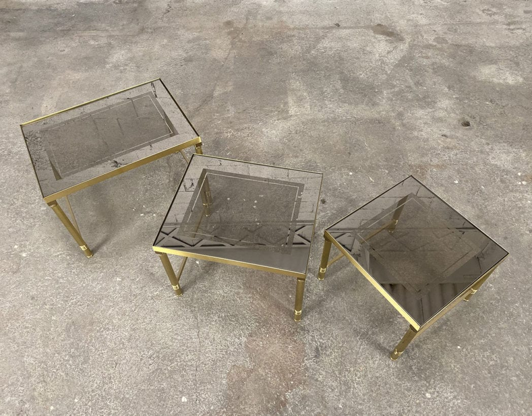 tables-basses-gigognes-laiton-doré-verre-fumé-maison-janser-5francs-3
