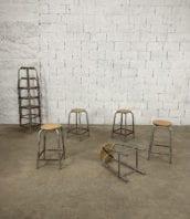 tabouret-ecole-laboratoire-bois-metal-5francs-1