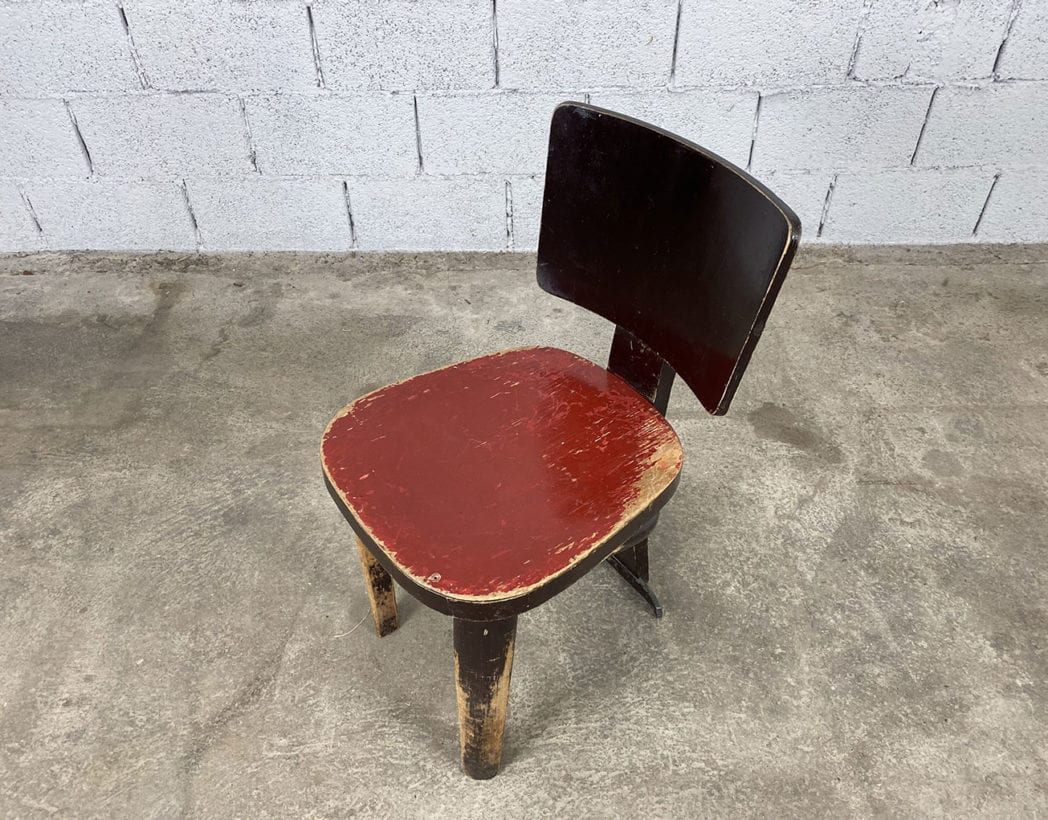 chaise-bistrot-tripode-patine-vintage-5francs-3