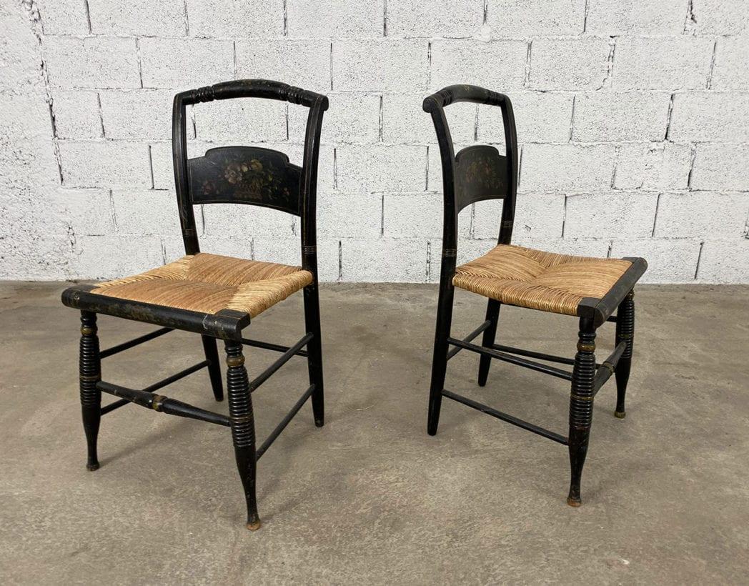 duo-chaises-hitchcock-hetre-bois-noir-motifs-fleuris-paille-5francs-2