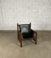 fauteuil-cuir-noire-structure-chene-laiton-annees50-5francs-2