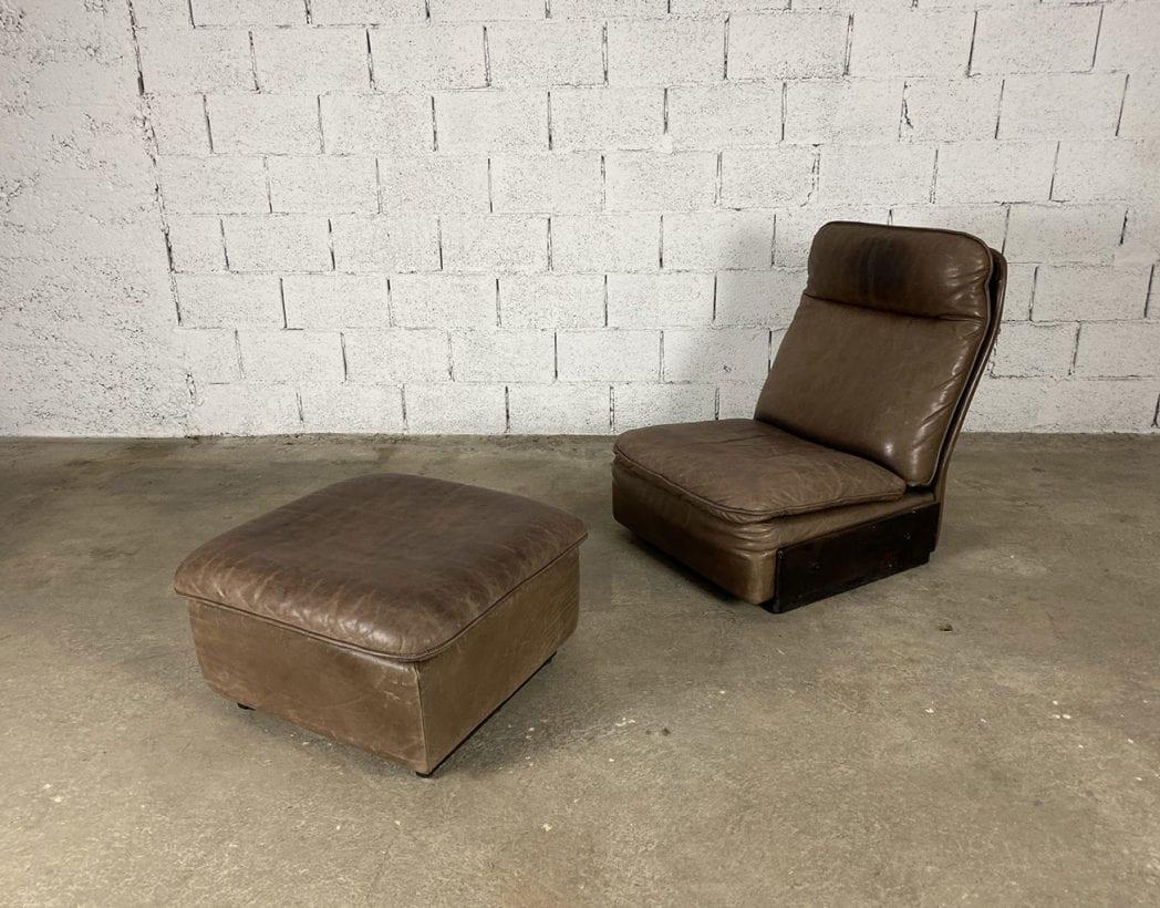 fauteuil-repose-pieds-cuir-marron-de-sede-5francs-3