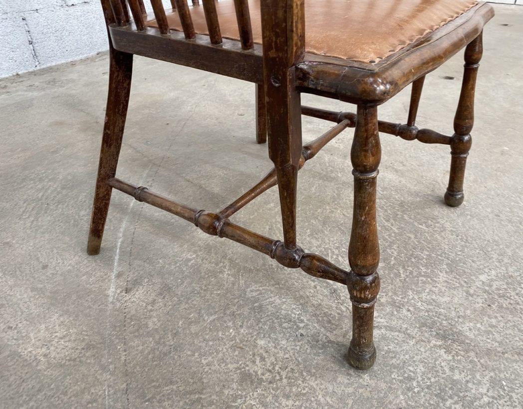 fauteuil-windsor-bois-cuir-patine-vintage-retro-5francs-7