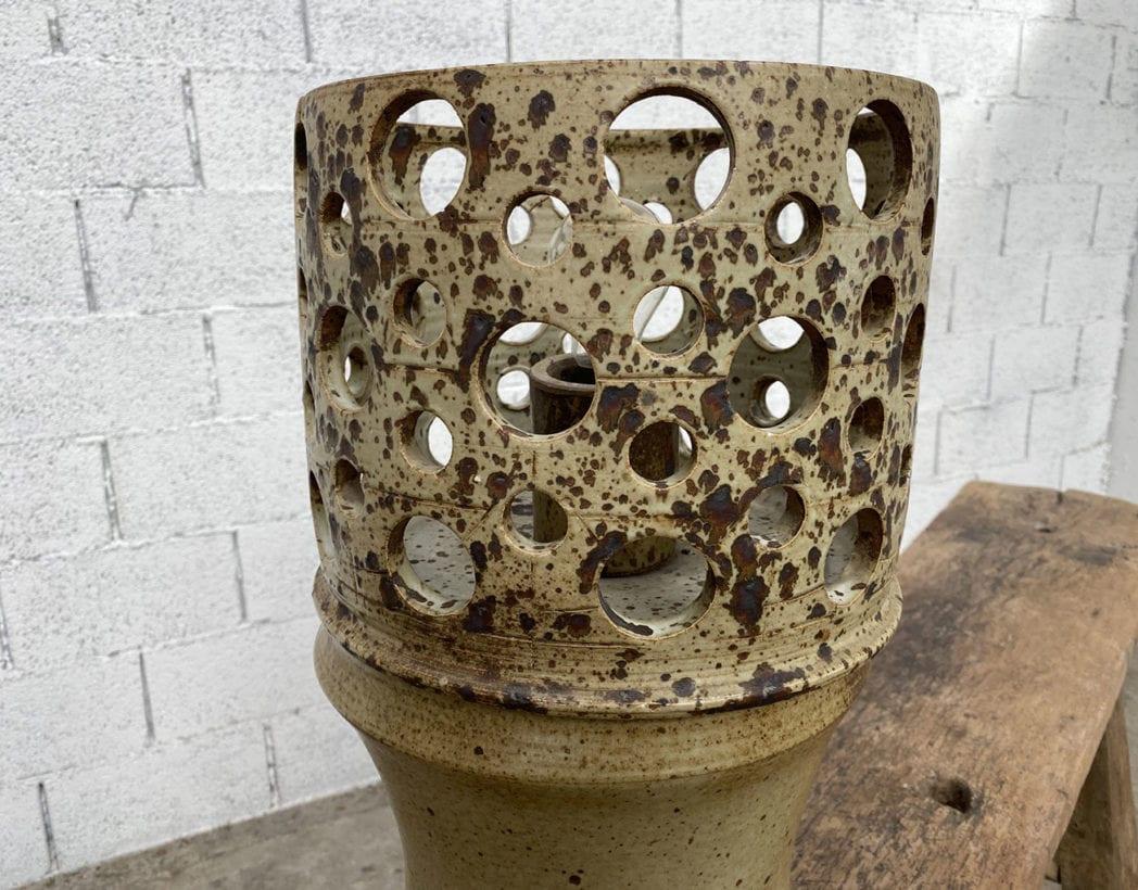 ancienne-lampe-vintage-gres-ajoure-annees70-retro-5francs-3