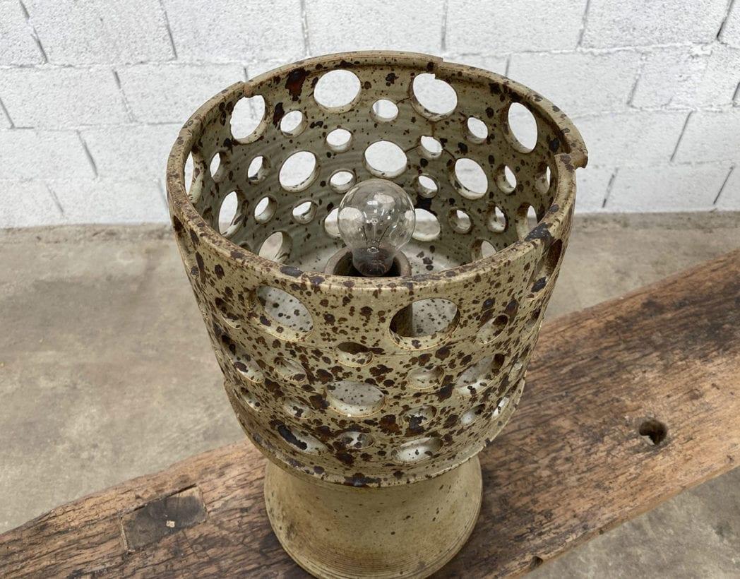 ancienne-lampe-vintage-gres-ajoure-annees70-retro-5francs-5