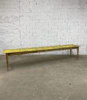 grande-ancienne-table-ferme-guinguette-refectoire-campagne-pin-patine-jaune-deco-boheme-chic-vintage-5francs-2