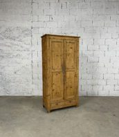 ancienne-armoire-parisienne-bois-decapee-deco-rustique-boheme-vintage-5francs-1